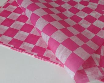 Pink  CHECKERBOARD Paper-Berry BasketLiners -sandwich-krafts- Birthday Parties, Showers, Weddings-25ct