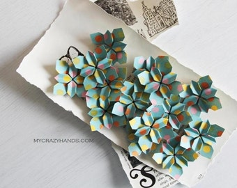 30 wedding petals || origami flowers | wedding flowers || paper flowers || table decorations | paper petals -teal dots