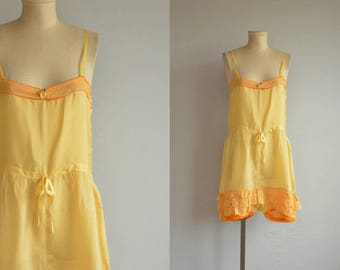 Vintage 1920s Lingerie / 20s Ruffled Silk Romper Onesie / Vintage Flapper Step In Teddy
