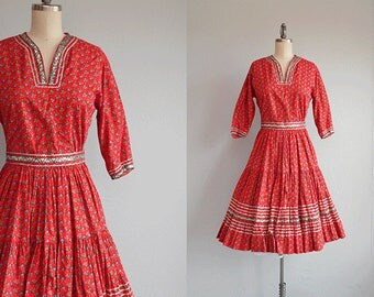 Vintage 50s Patio Dress / 1950s Red Heart Calico Square Dance Cotton Two Piece Circle Skirt Top with Silver Rick Rack / Squaw Dress