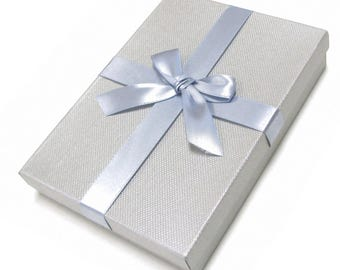 "LP030117-GB 7""X5""X1.25"" Gift Box with Bow & Velvet Cushion - 10 Pack"