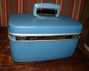 Vintage Samsonite Horizon Blue Luggage Beauty Case Train Case with Tray and Mirror ~ Used Condition