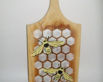Upcycled Bread Board Bee Stenciled Bread Board Come Gather At Our Table