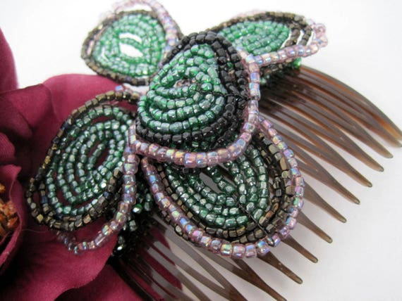Green Glass Bead Hair Comb - Hair Ornament - Glass Seed Bead Flowers - Tortoiseshell Comb