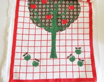 SPRING SALE - 1 Lovely Vintage Retro Terry Cloth Tea Towel Kitchen Towel with Apple tree, made in the 70s
