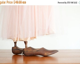 ON SALE Vintage Wooden Shoe Form Adjustable Pair - 1920 to 30's