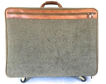 Vintage tweed  Hartmann bag / luggage / suit case