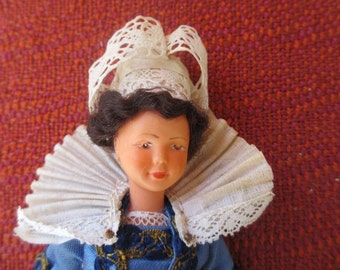 Pont-Aven Doll with Label Traditional Bretagne (Brittany) Costume Made in France 1950s