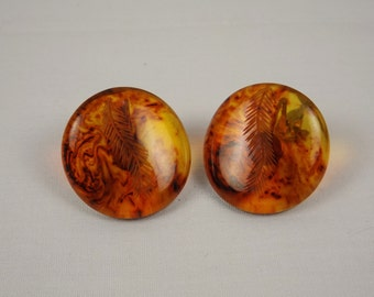 Faux Carved Tortoiseshell Clip On Earrings