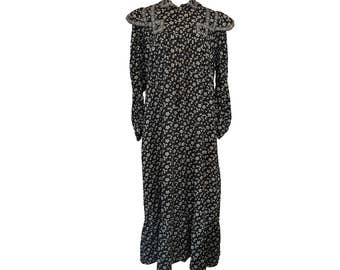 Antique Victorian Calico Dress // Prairie // Wrapper // Chore // L