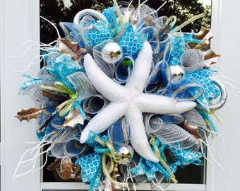 Nautical christmas wreath, beach Christmas wreath, holiday beach wreath