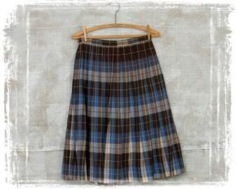 Vintage 1960s Plaid Wool Pleat Skirt, Plaid Skirt, Accordion Pleat Skirt, High Waist, Wool Skirt, Blue, Small