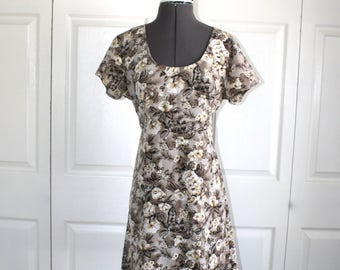 Vintage Floral Summer Dress . 1990s All That Jazz Short Baby Doll Style Mini Dress . Size Medium