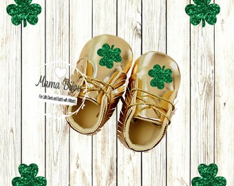 Gold Baby Shoes Shamrock Baby St Patricks Day Irish Baby Outfit Girl Gold Baby Moccasins Gold Baby Booties Baby Accessories Clothes