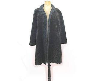 1980 Paris faux fur coat Leopard print / 80s oversized faux fur coat