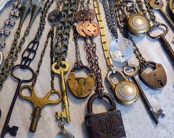 Antique Brass Steel Skeleton Key Clock Key Vintage Chain Statement Necklace