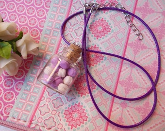 Lovely necklace, macarons