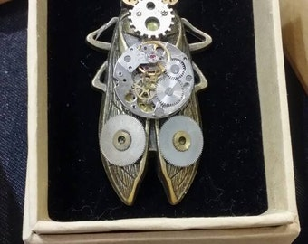 Steampunk style brooch necklce double use cocoda wacth parts movements