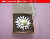 SALE 60% Off Avon Daisy perfume brooch, flower brooch, floral brooch
