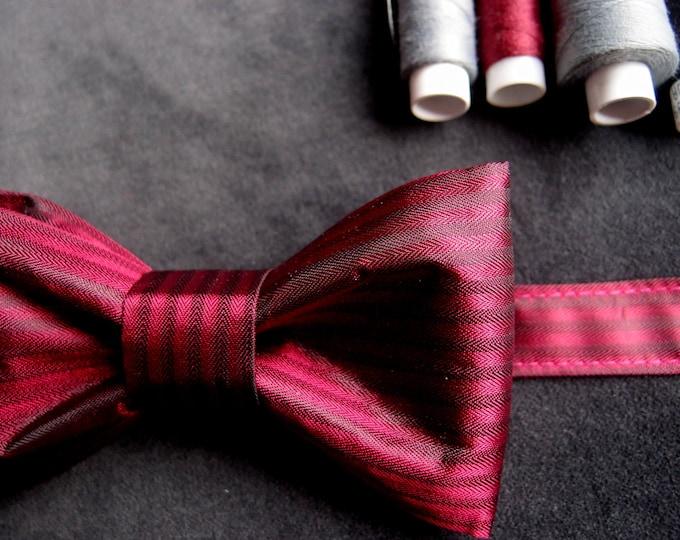 Burgundy Wedding Bow Tie, Elegant Bow tie, Red Wine Bow Tie, Dark Red Bow Tie, Groomsmen Bow Tie, Cranberry Bow Tie, Deep Red Satin Bow Tie