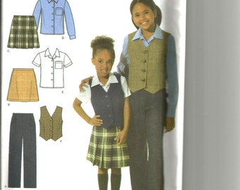 Simplicity 4978 uncut size 3 - 6 girls pants, shirt and skirt