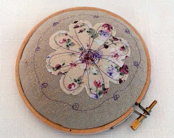 pin cushion, 4 inch embroidery hoop, for pins and needles