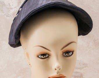 1950s black clamshell ladies hat w/gem drops. Clean, versatile, lovely