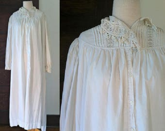 Antique Edwardian Nightgown | White Cotton Nightgown | 1900s Ladies Sleepwear L ON VACATION