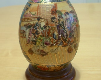 """Free shipping! Reproduction Japanese Satsuma ceramic egg 6"""" tall with attached base"""