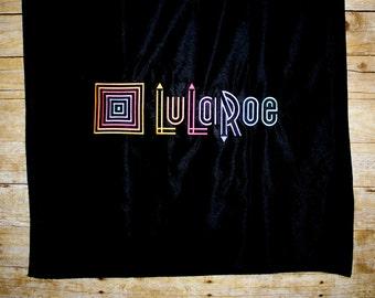 LuLa Roe Consutltant Logo Table Runner