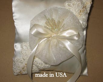 Ring pillow wedding, ring bearer pillow, wedding ring pillow, ivory satin antique lace