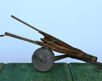 Italian wooden insecticide bellows