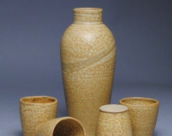 Sake Set Taffy Yellow with Four  Cups F20