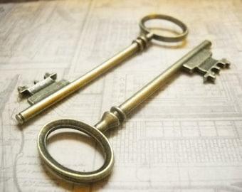 Bulk Skeleton Keys Antiqued Bronze Wholesale Keys Key Pendants Wedding Keys 80mm Steampunk-200 pieces