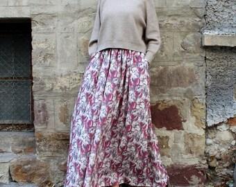 ON SALE Long Maxi Skirt / Floral Skirt / Full Skirt / High Waisted Skirt / Maxi Skirt / Plus Size Skirt / Skirt with pockets