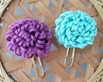 Set of 2 Mum Paper Clips || Flower Paper Clips ||  Planner Accessories || Felt Flower Clips || Planner Paper Clip || CHOOSE YOUR COLORS