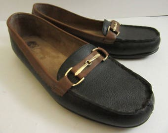 A2 Aerosoles black & brown Loafers size 9M gold tone hardware
