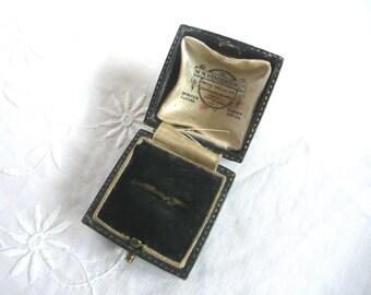 Antique ring box - Art Deco ring box - blue leather ring box - Scottish ring box - wedding ring box - 1920s ring box