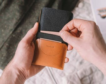 """Galaxy Note 5 Wallet, Samsung Galaxy Note 5 Case, Galaxy Note 5 Sleeve, black leather, brown leather, wool felt """"Kangaroo"""", by band&roll"""
