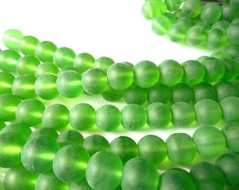 40 Green Frosted Glass Beads - 26-32