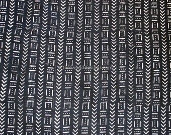 Authentic Handmade mudcloth from Mali , African Mud cloth fabric , African fabric ,  , Fabric from Africa Black white , MC195