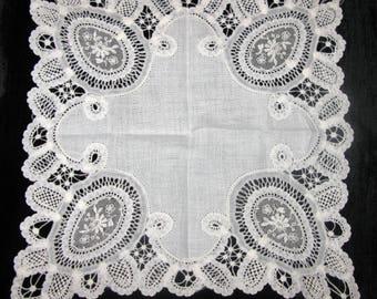 Bridal Handkerchiefs Lace Something Old Hankie handkerchief Ladies Hankies Wedding Bridal Hanky Antique Linen