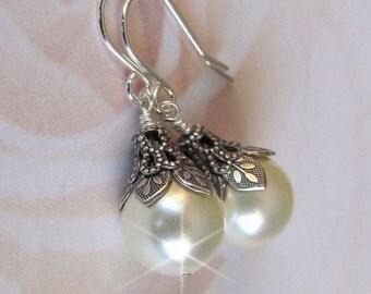 Pearl Bridal Earrings, White or Ivory Pearl Earrings, Vintage Style Wedding Earrings, Pearl Drop, Bridesmaid Gift, Antique Wedding Jewelry