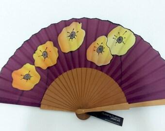 Spanish fan. Original fan of silk hand painted. Spanish fan in natural silk hand painted. poppies fan. Hand fan silk. Contemporary fan.