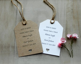 10 Love is Sweet Shabby Chic/Vintage Wedding Favour Tags Candy/Buffet Decoration
