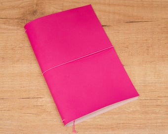 Handmade Leather Traveler's Notebook, Midori style in Regular/Wide size - Fucsia