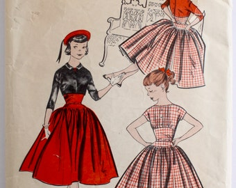 Vintage Sewing Pattern 1950s Girls Pintucked Full Skirt Party Dress Size 14S Butterick 7996