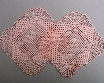 Peach  Doilies,  Escalloped Edge Doilies ,Salmon Pink Vintage Doilies, Lace Doily Set
