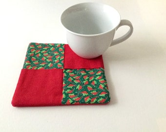 Christmas Pot Holder, Red Green Pot Holder, Christmas Mug Rug, Christmas Hot Pad, Christmas Sleigh, Christmas Holly, Kitchen Gift
