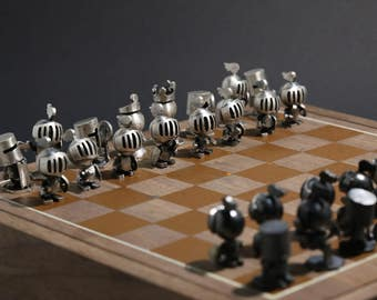 Hand-made fine silver chess